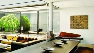 Contemporary Dining Room Design with Eastern Flair