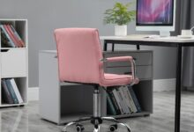 Executive PU Padded Swivel Office Chair With Adjustable Height - Pink