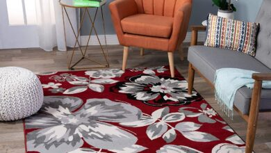 Floral Burgundy White Black Gray Area Rugs - 5' x 7'