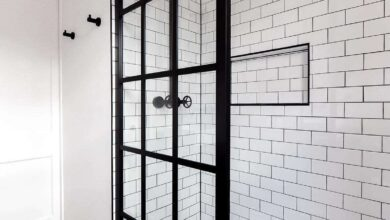 Gridscape GS1 Fixed Shower Screen Panel in Black with Clear Glass - 36 x 92 in.