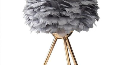 Modern Gold Feather Table Lamp - Black