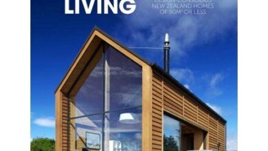 Small House Living : Design-Conscious New Zealand Homes of 90m2 or Less (Paperback)