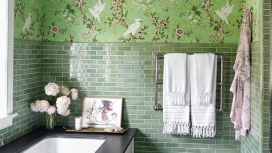 These Bathrooms Will Inspire You to Go Bold with Wallpaper