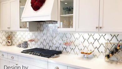 VZAG Calacatta & Antique Mirror Mosaic Tile by Vanessa Deleon